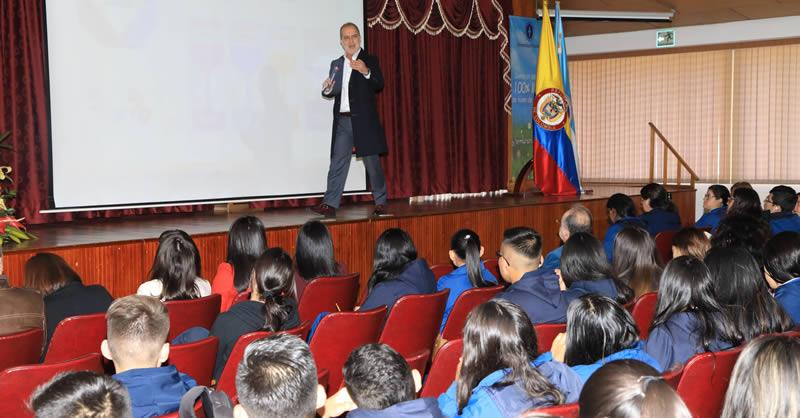 ESTUDIANTES CONSCIENTES DE LA CULTURA DEL CUIDADO PARA EL BUEN VIVIR