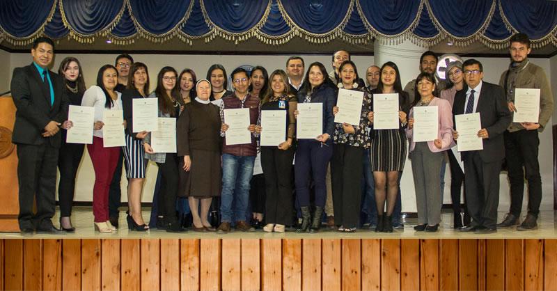 55 DOCENTES CERTIFICADOS EN B-LEARNING Y PEDAGOGÍA