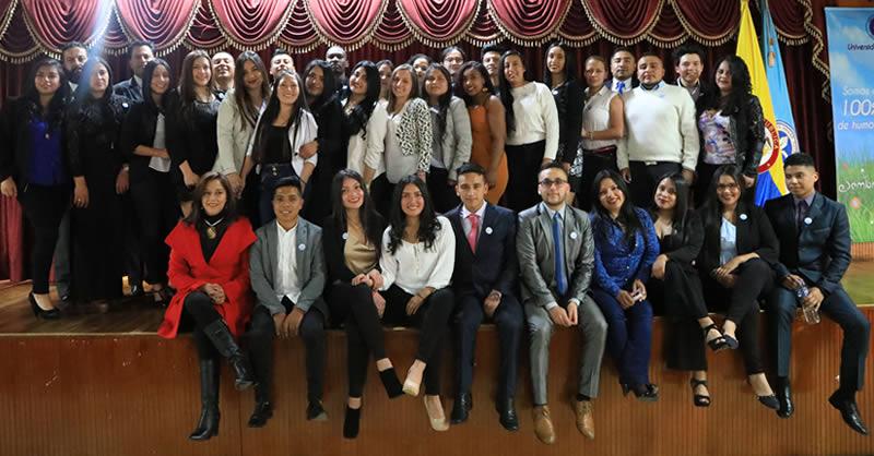 RECONOCIMIENTO A ESTUDIANTES DE CONTADURÍA PÚBLICA QUE INICIAN SU PRÁCTICA
