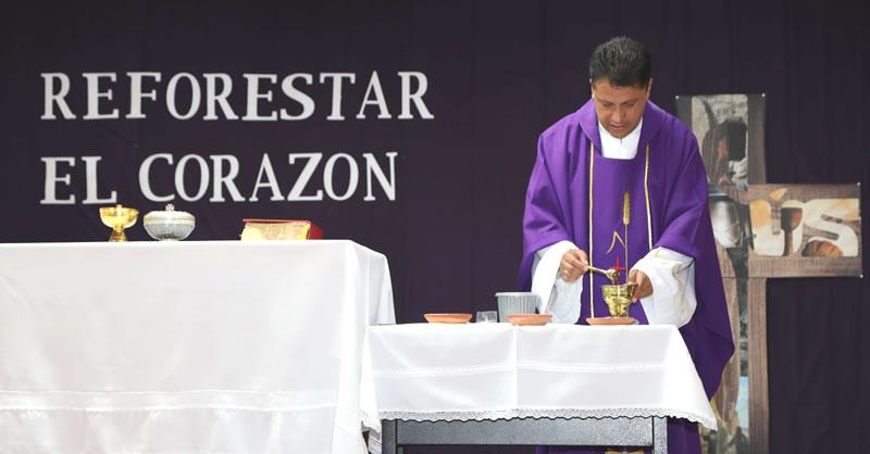 TRES PROPÓSITOS EN EL DÍA DE LA CENIZA: AYUNO, ORACIÓN Y LIMOSNA